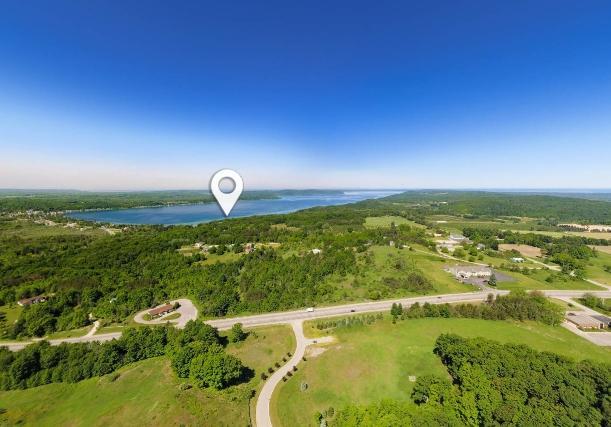 Laurel Ridge Lake Views